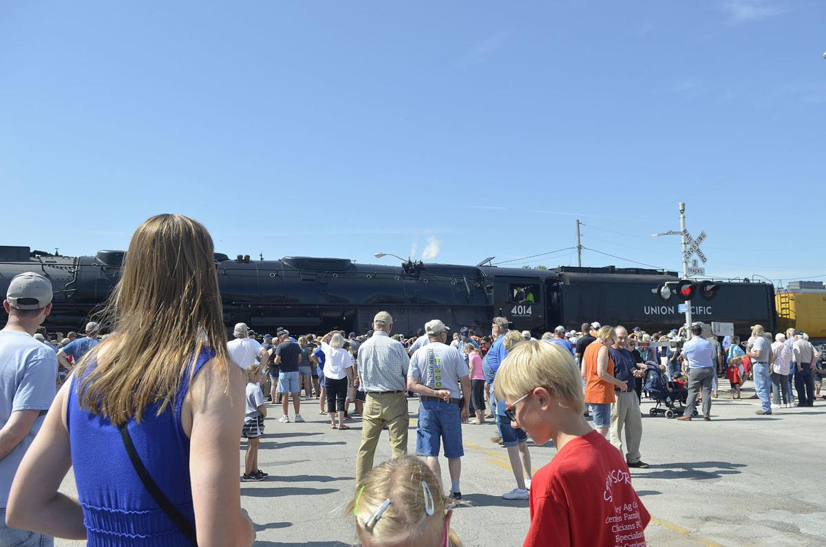 Photos: Day to remember as historic Big Boy steam engine stops in