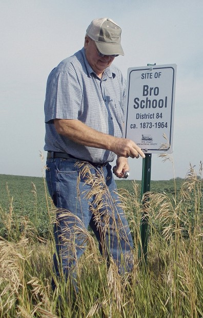 Group marks Otoe County's country schools | Local