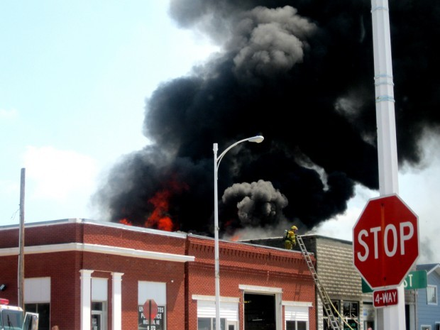 Fine Line Auto >> Fire Destroys Body Shop In Hickman State And Regional