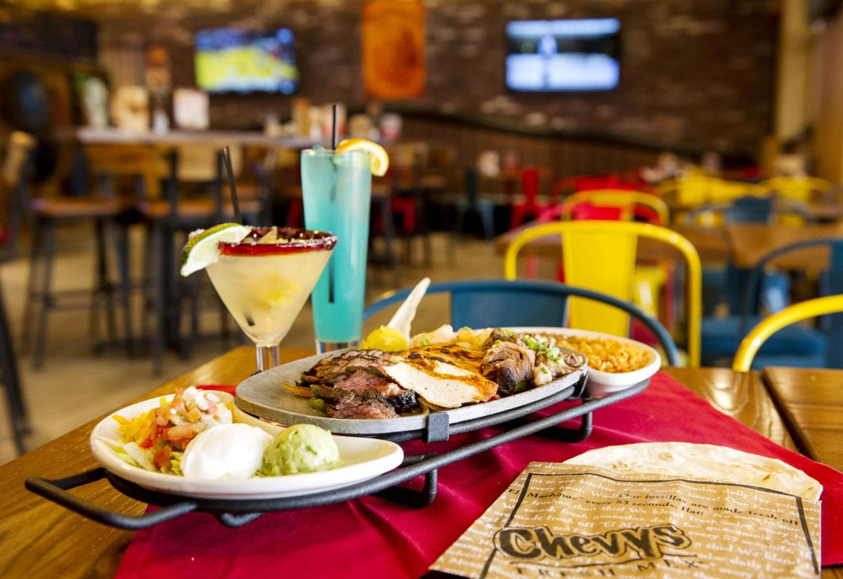 Chevys Lincoln Ne >> Review Chevys Brings Mexican Fare To Edgewood Dining