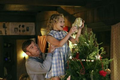 Nbc Christmas Of Many Colors.Jeff Korbelik Nbc Continues Dolly Parton S Story With Film