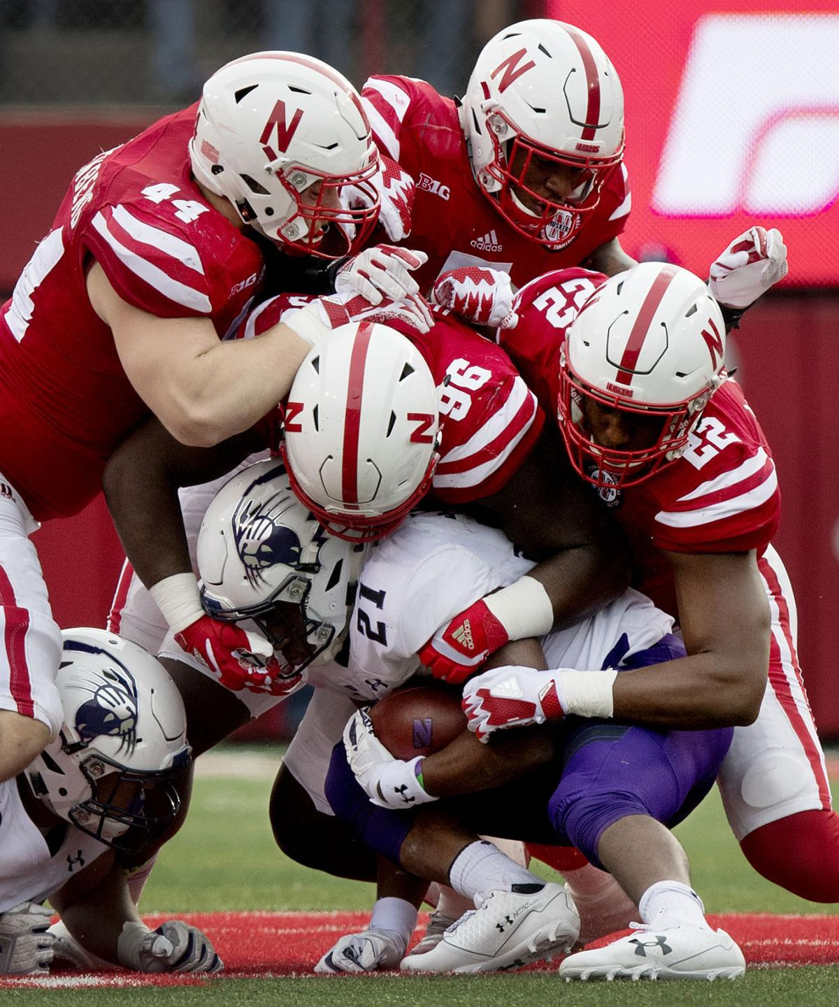 Red Report: Riley talks tackling dust-up; Huskers' injury ...