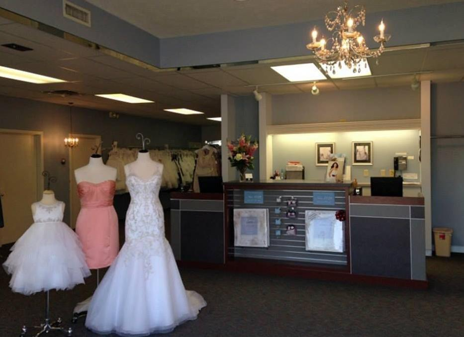 Brides Angry About Lincoln Store S Closing Police