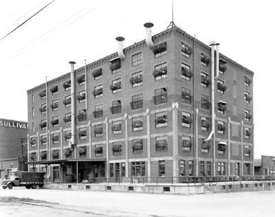Hardy Building 1945