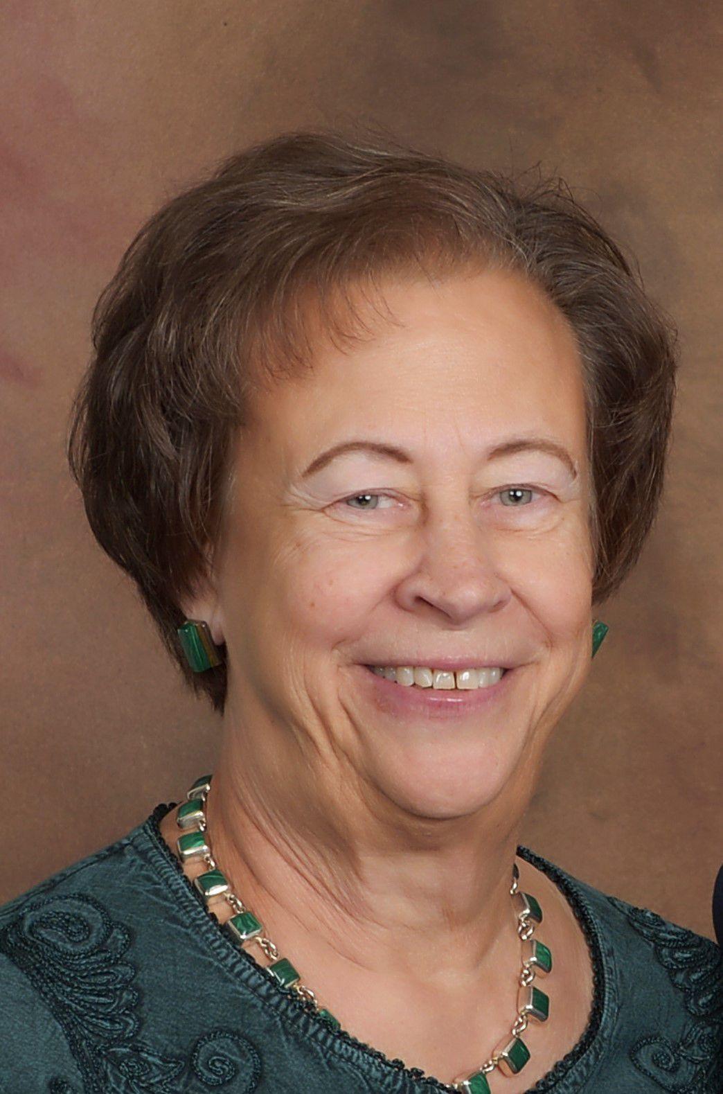 Maxine Moul
