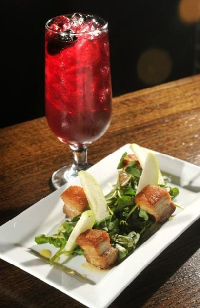 Review spanish themed sebastian 39 s table brings tapas for Table 52 chicago reviews
