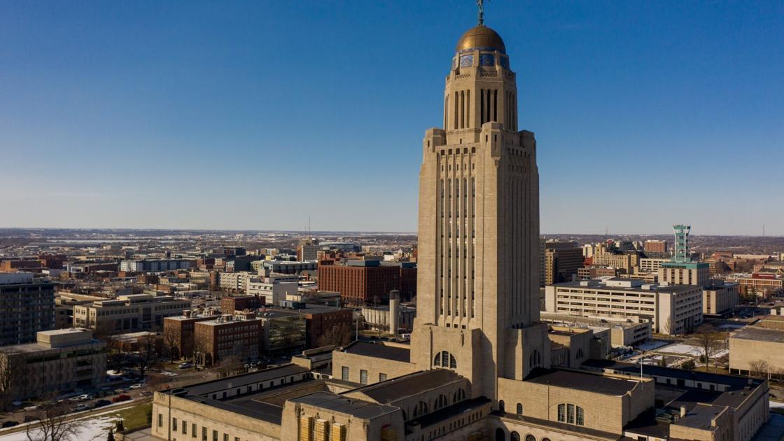 Tight job market, vacancies prompt Nebraska to offer hiring bonuses of up to $15,000