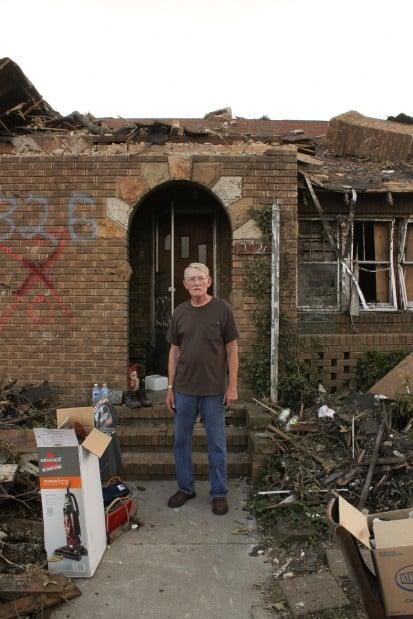 JOPLIN man front door destruction.jpg