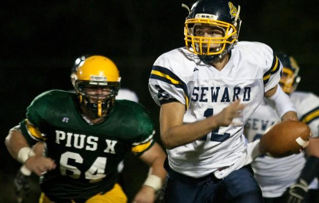 Lincoln Pius X vs. Seward football, 10.7.2011 6