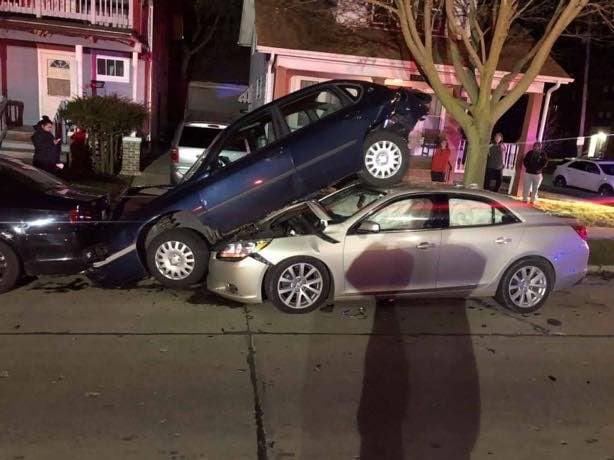 DeKoven Avenue Thanksgiving crash