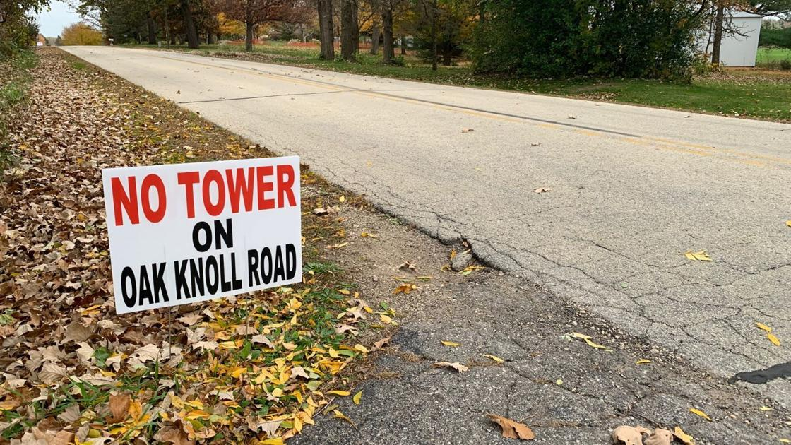 With video: Proposed Rochester cell phone tower stirs residents; petition gathers 90 signatures