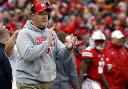 No. 5 Wisconsin takes cues from calm, focused coach Chryst