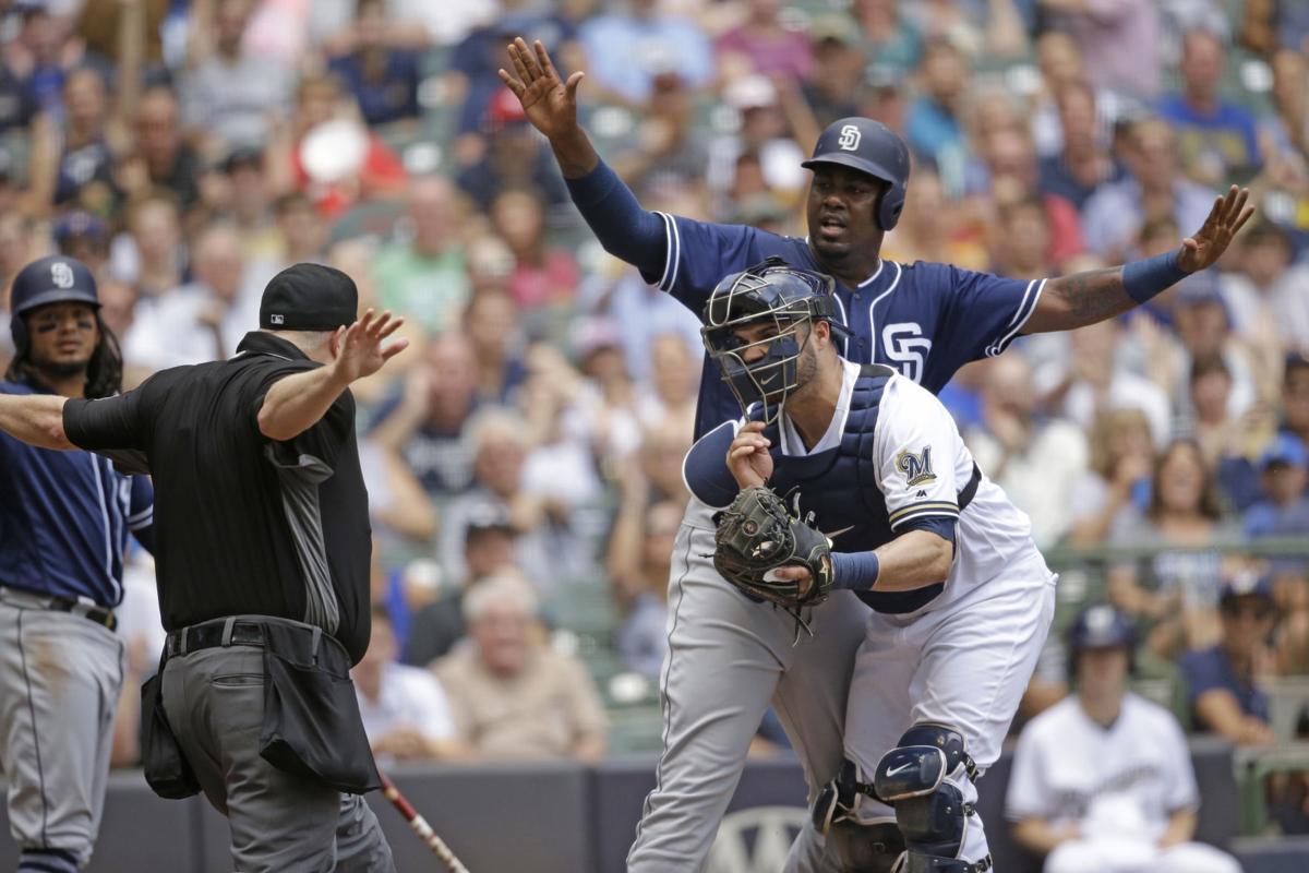 Padres Brewers Baseball