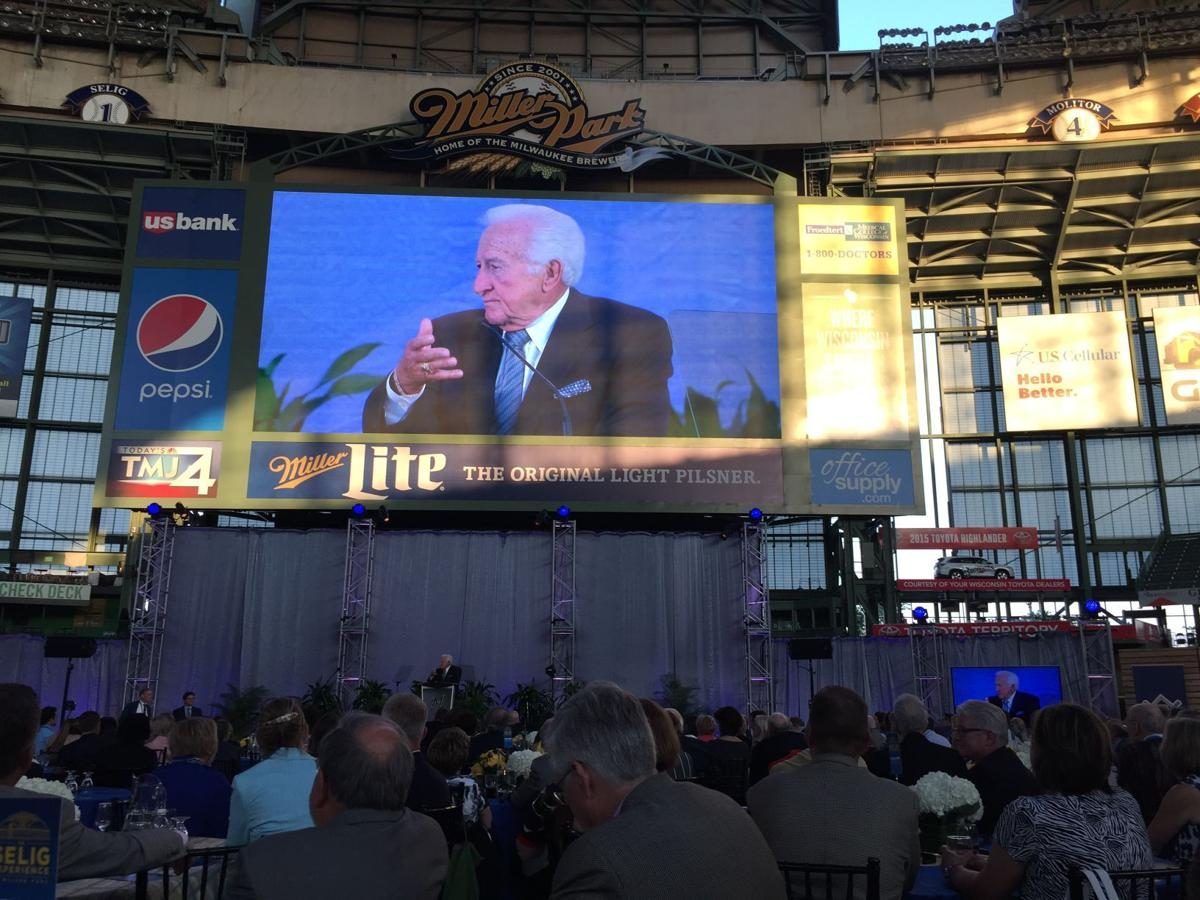 Bob Uecker emcee at Selig Experience