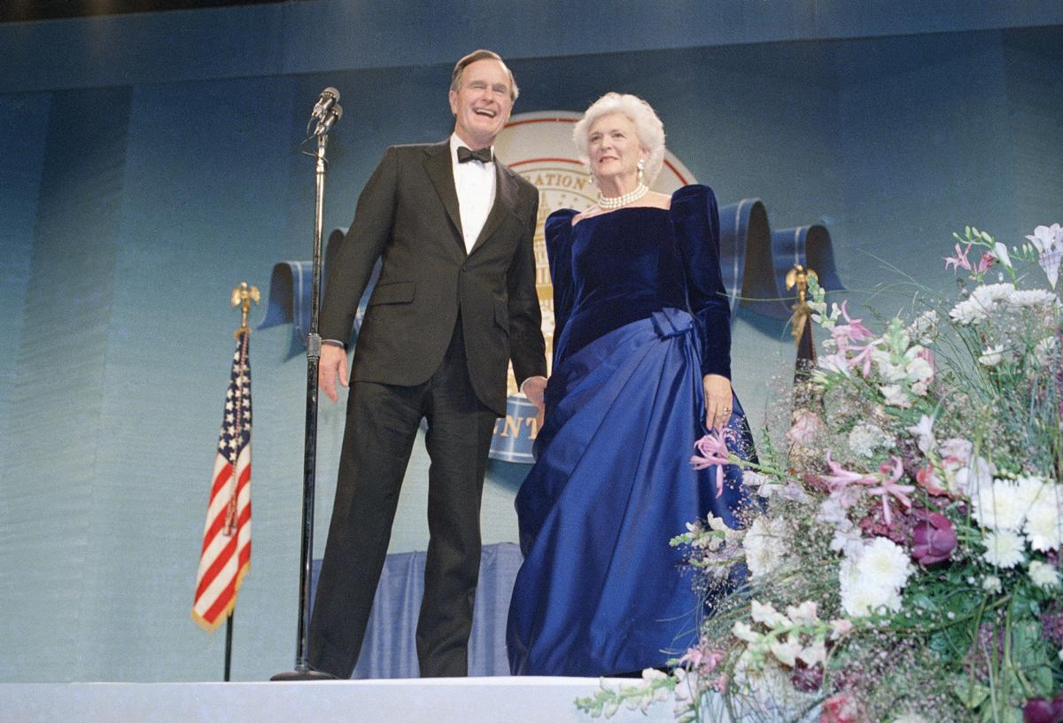 Photos Former First Lady Barbara Bush Through The Years National