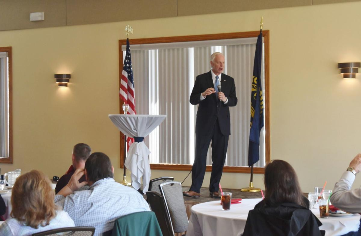 Sen. Ron Johnson speaks at Michael's On The Lake