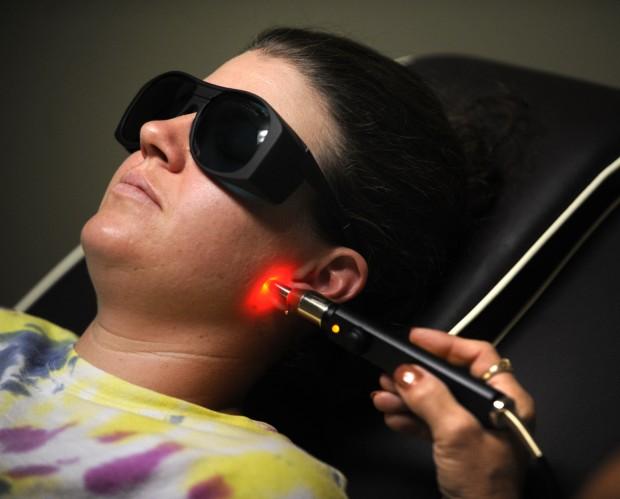 Laser treatment cuts the urge to smoke