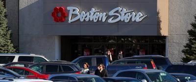 Boston Store to close