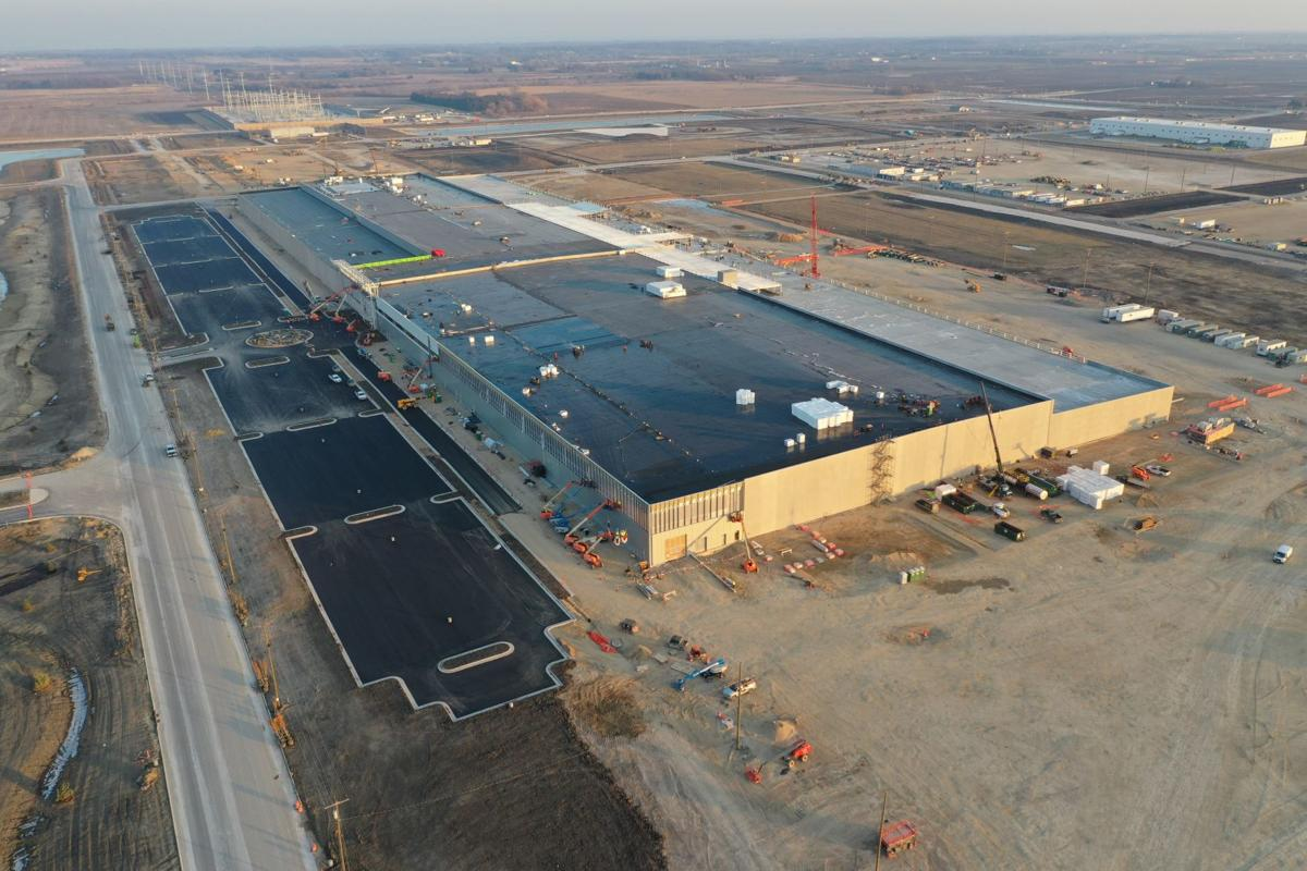 Foxconn completes roof