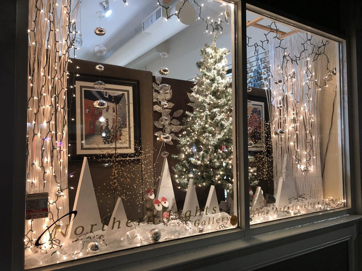 Downtown Racine announces holiday window decorating contest