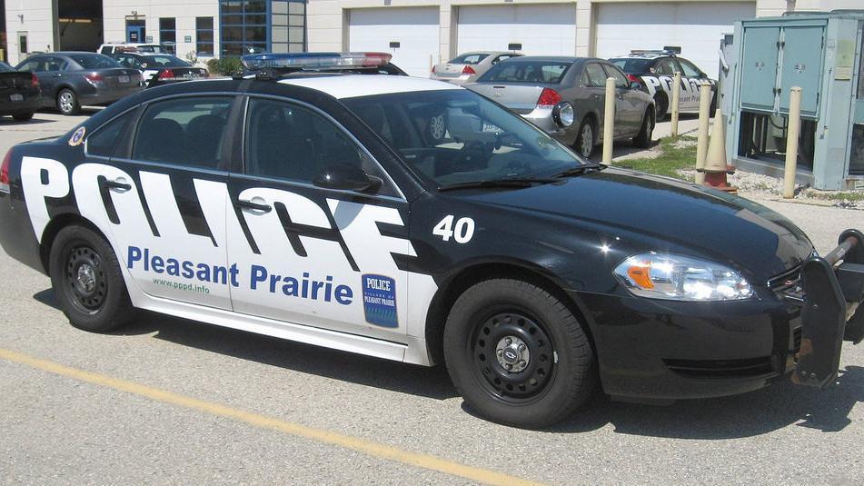 `Ruse burglars' strike again in Pleasant Prairie, including bling-wearing pair attempting to sell fake steaks