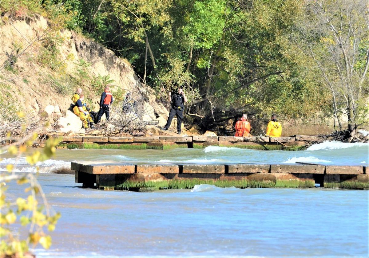 Oct. 2 recovery operations on Lake Michigan shoreline