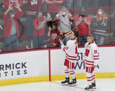 women's hockey photo 10-9