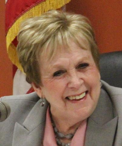 Burlington Mayor Jeannie Hefty headshot