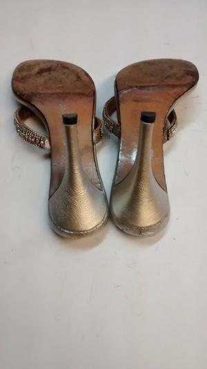 busted heel 2.jpg