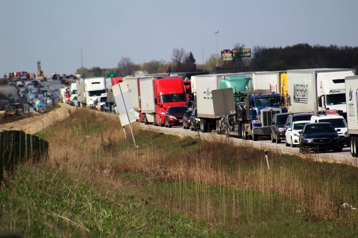 Update: Interstate traffic backs up into Milwaukee for 4 hours after