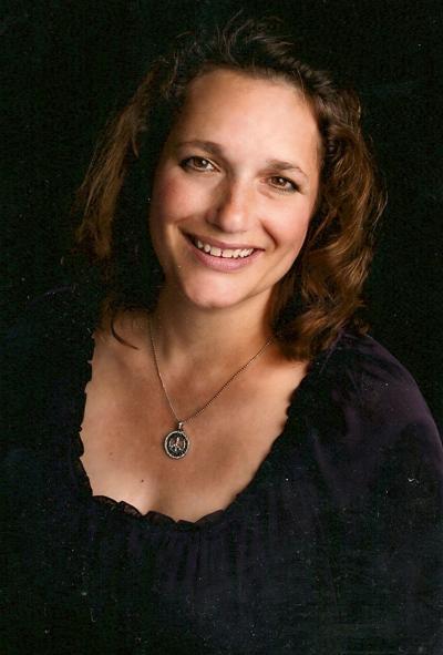 Teri Jendusa-Nicolai