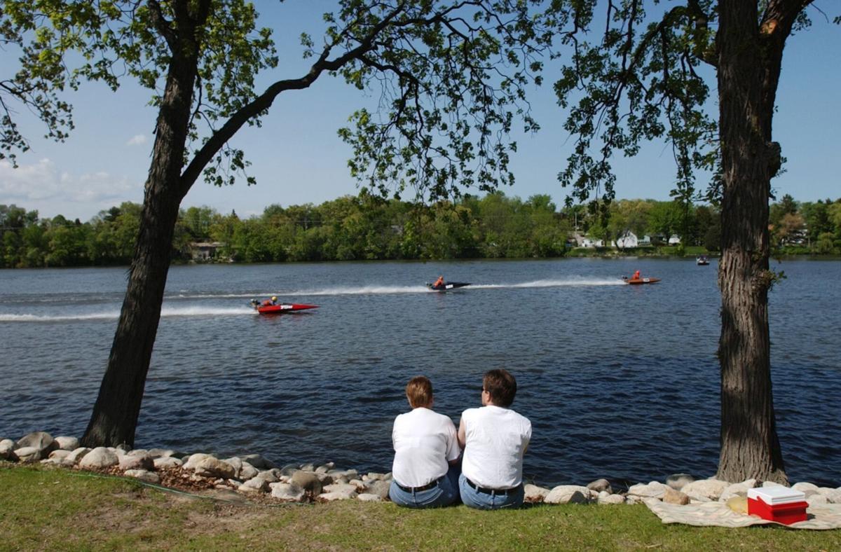 Spectators watch boat races on Echo Lake in the year 2003