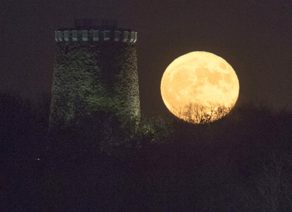 In Photos Views Of The Supermoon From Around The World News