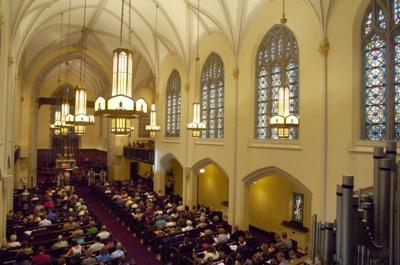 Holy Communion Church mh 029.jpg