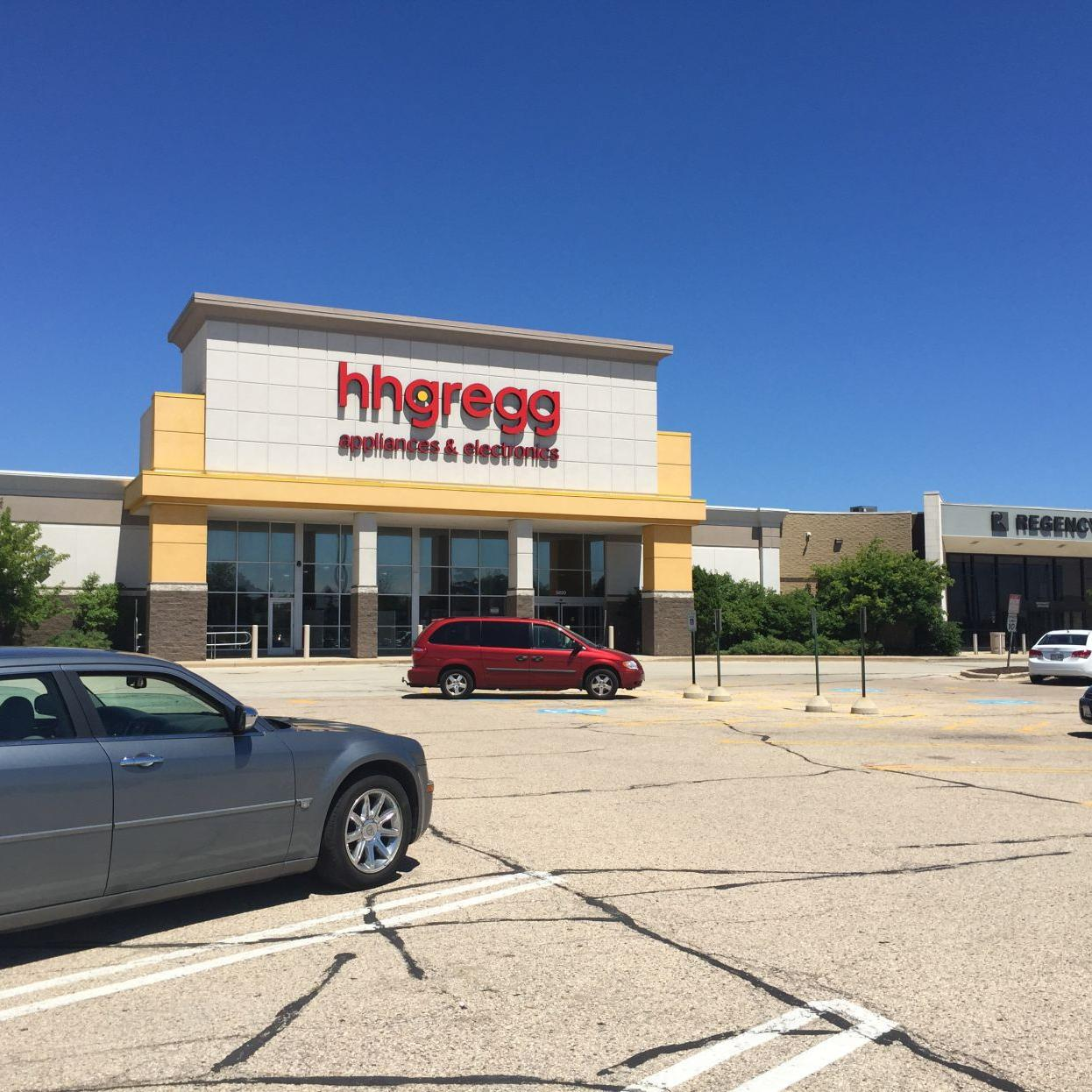 Furniture Store To Replace H H Gregg At Mall Money