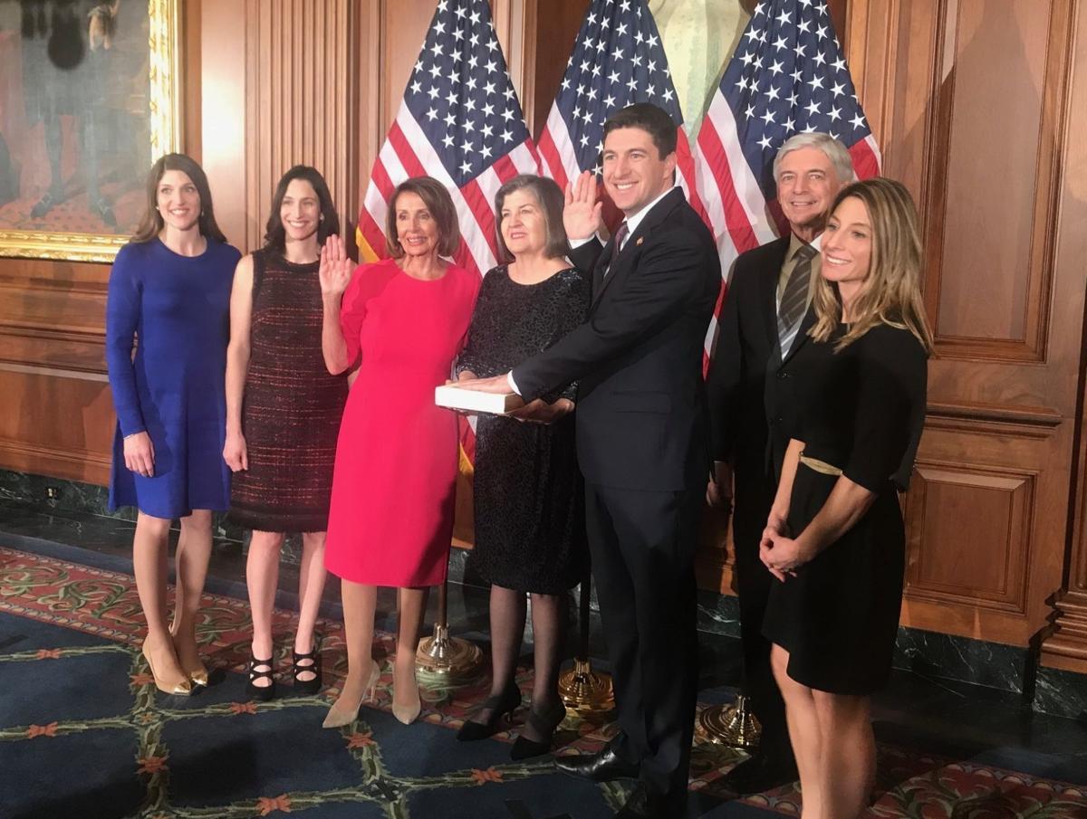 Steil sworn in to Congress
