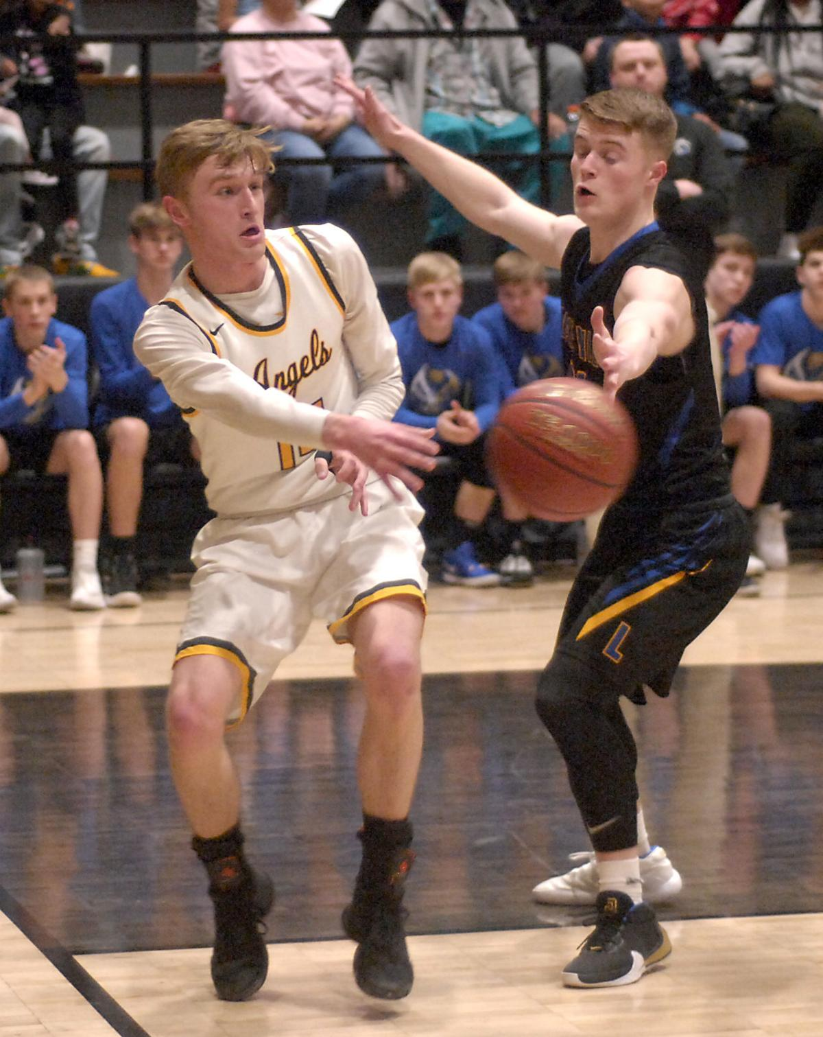03072020-JT-WIAA_BBBALL_LM_ST_CATS-GSP