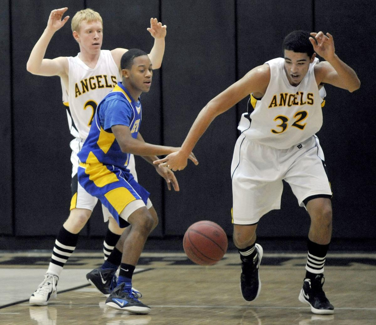 The Saints Basketball 03.jpg