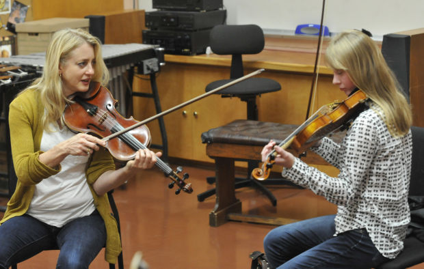Visiting violinist