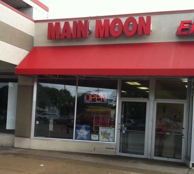 Best Asian Restaurant: Main Moon Chinese Restaurant