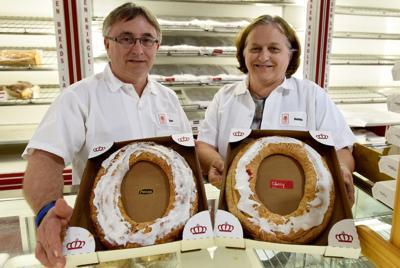 Larsen's Bakery's 50th anniversary
