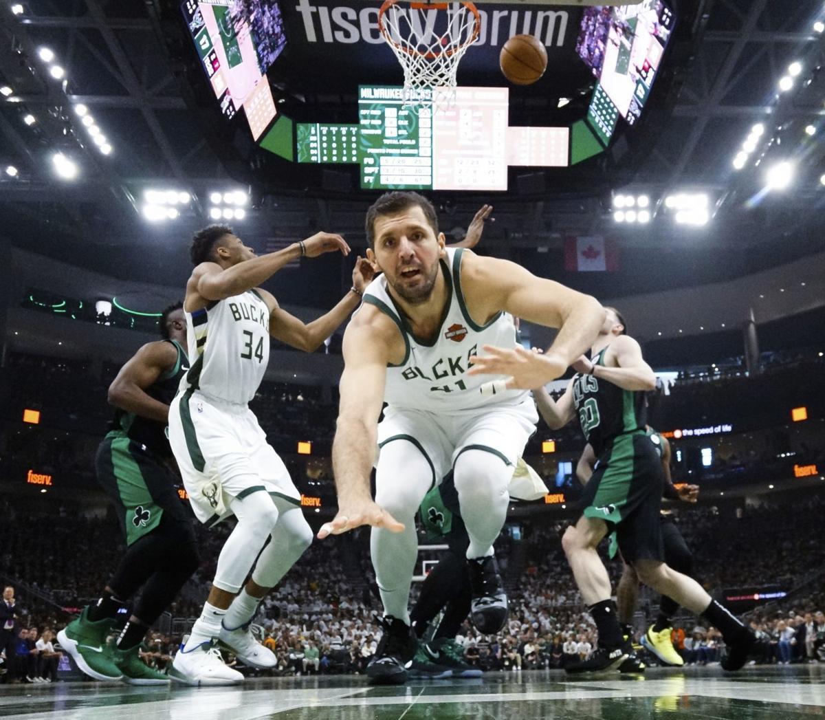 a3175dc503 Bucks receive rude awakening | Basketball | journaltimes.com