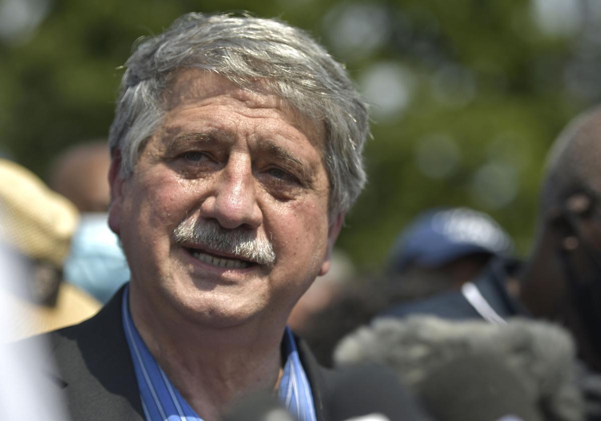 Mayor John Antaramian