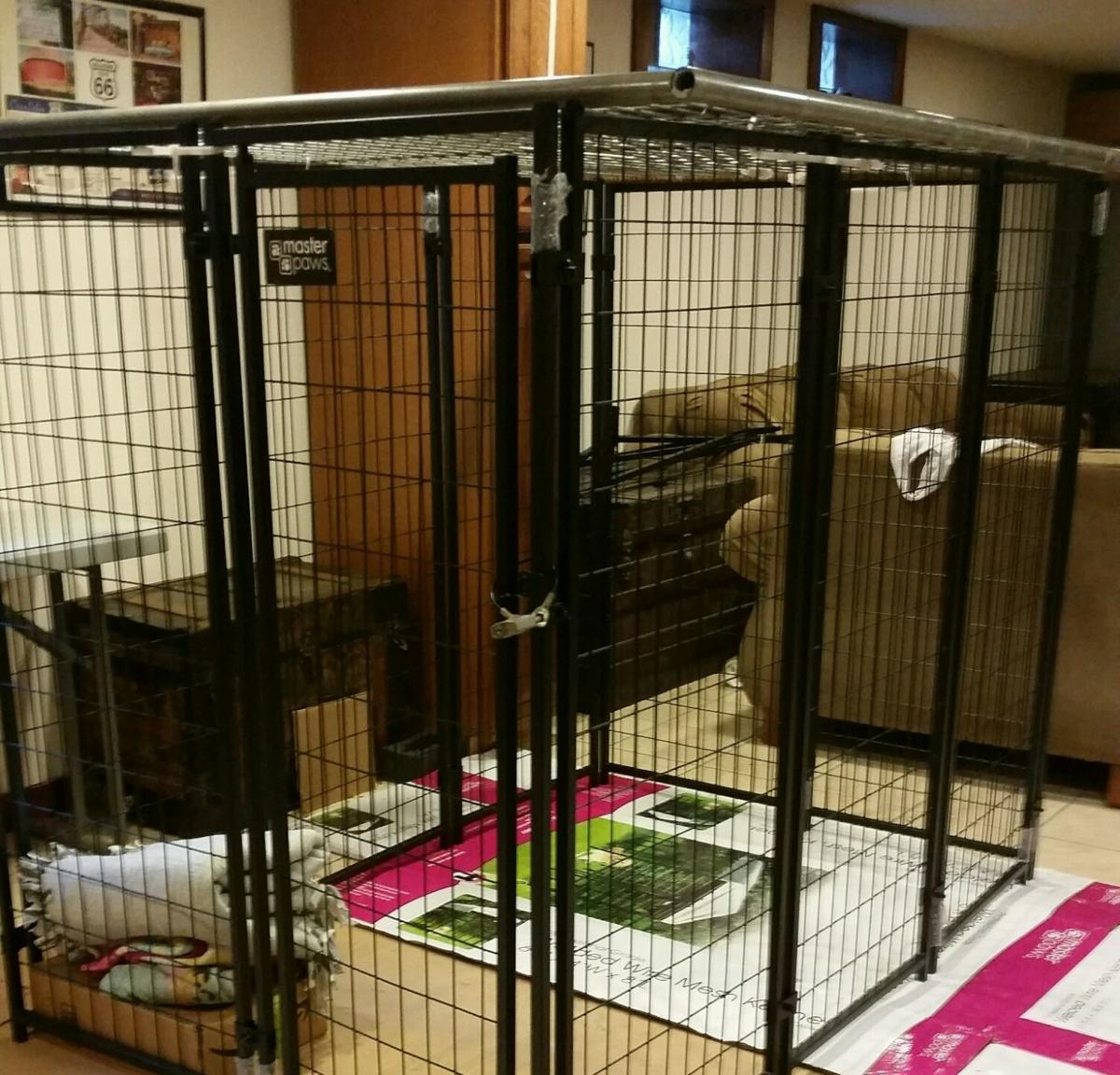Man nets probation in caged girl case