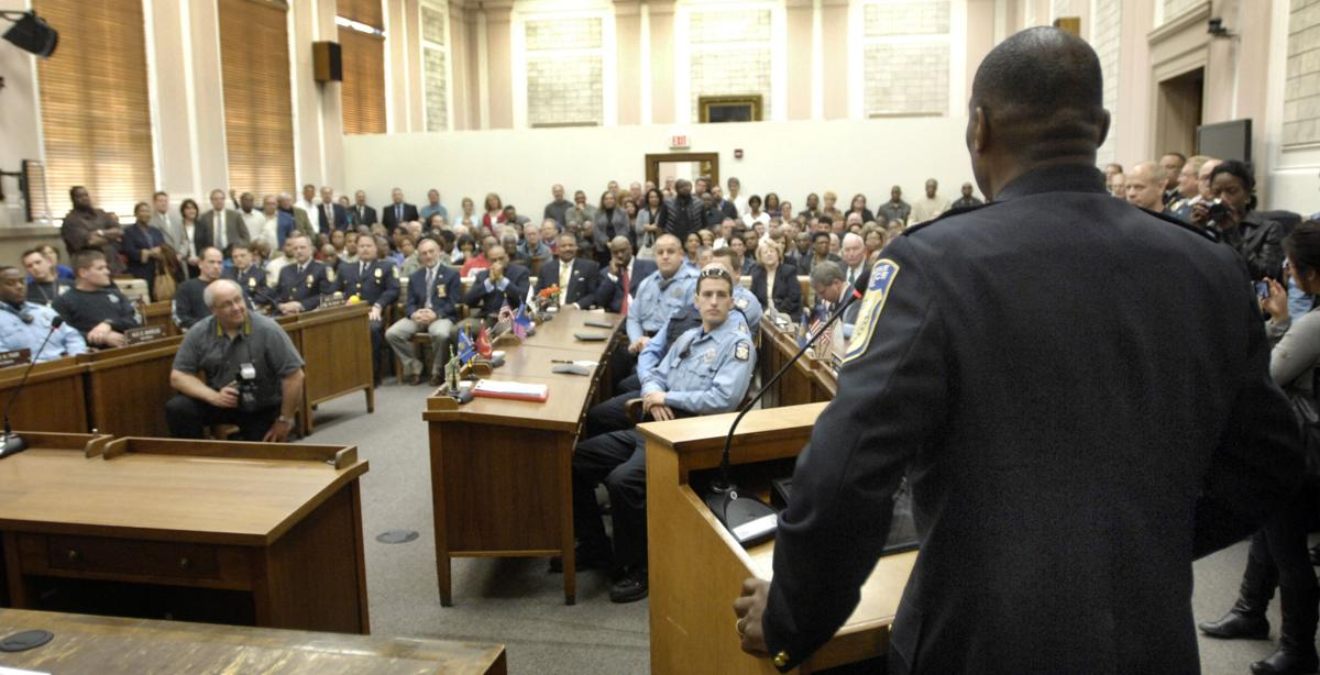 April 2012: Howell sworn in