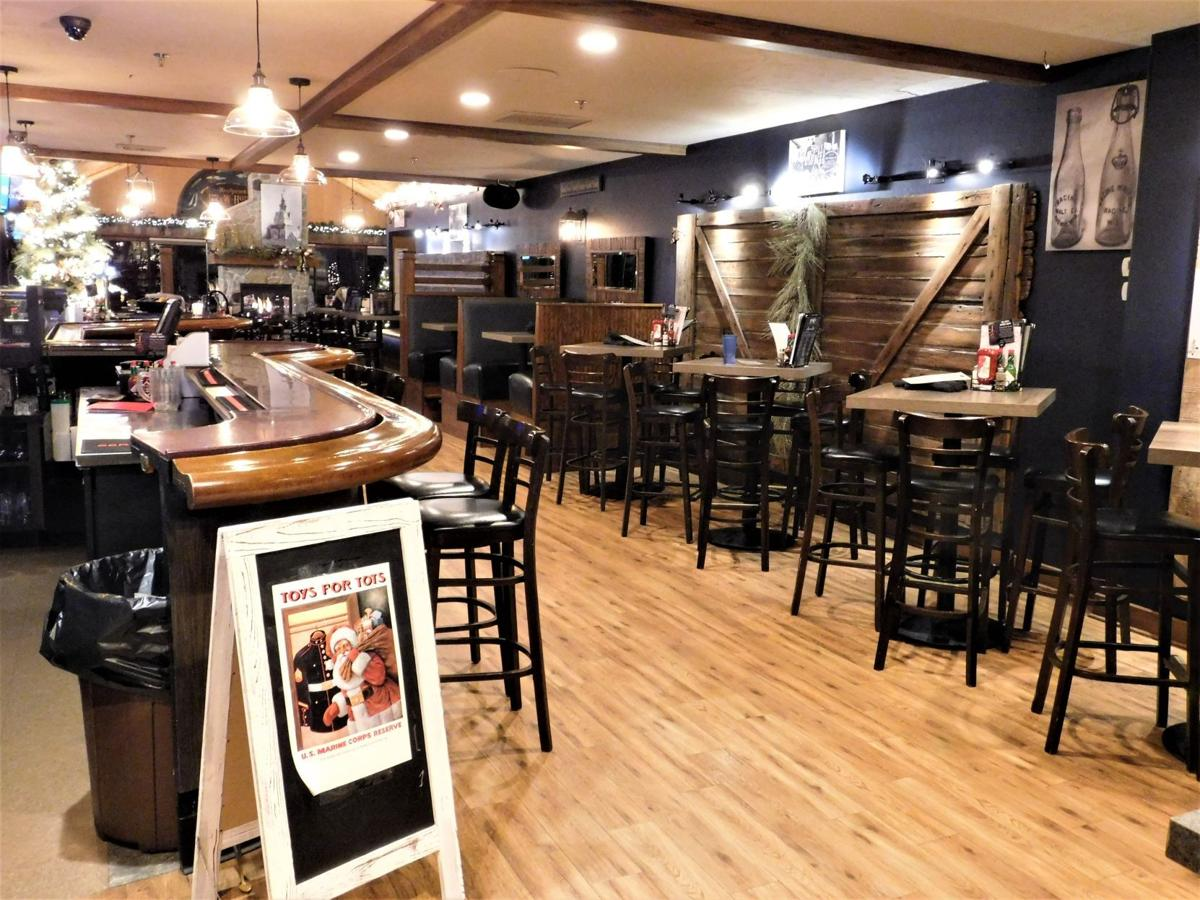 Bar Area - Reefpoint Brew House, 2 Christopher Columbus Causeway, Racine