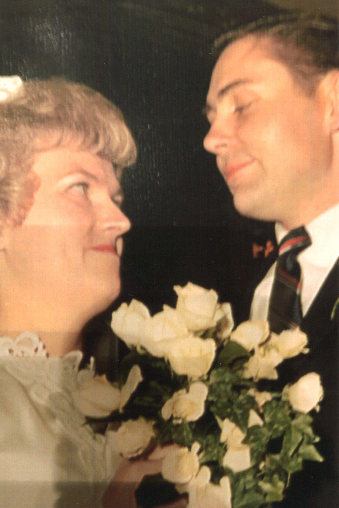 Mr. and Mrs. Dwaine Zamecnik wedding