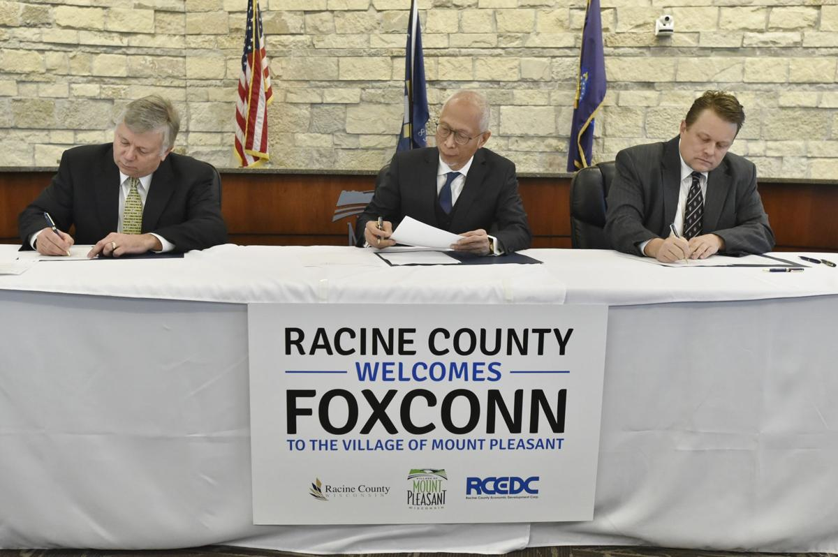 Foxconn signing