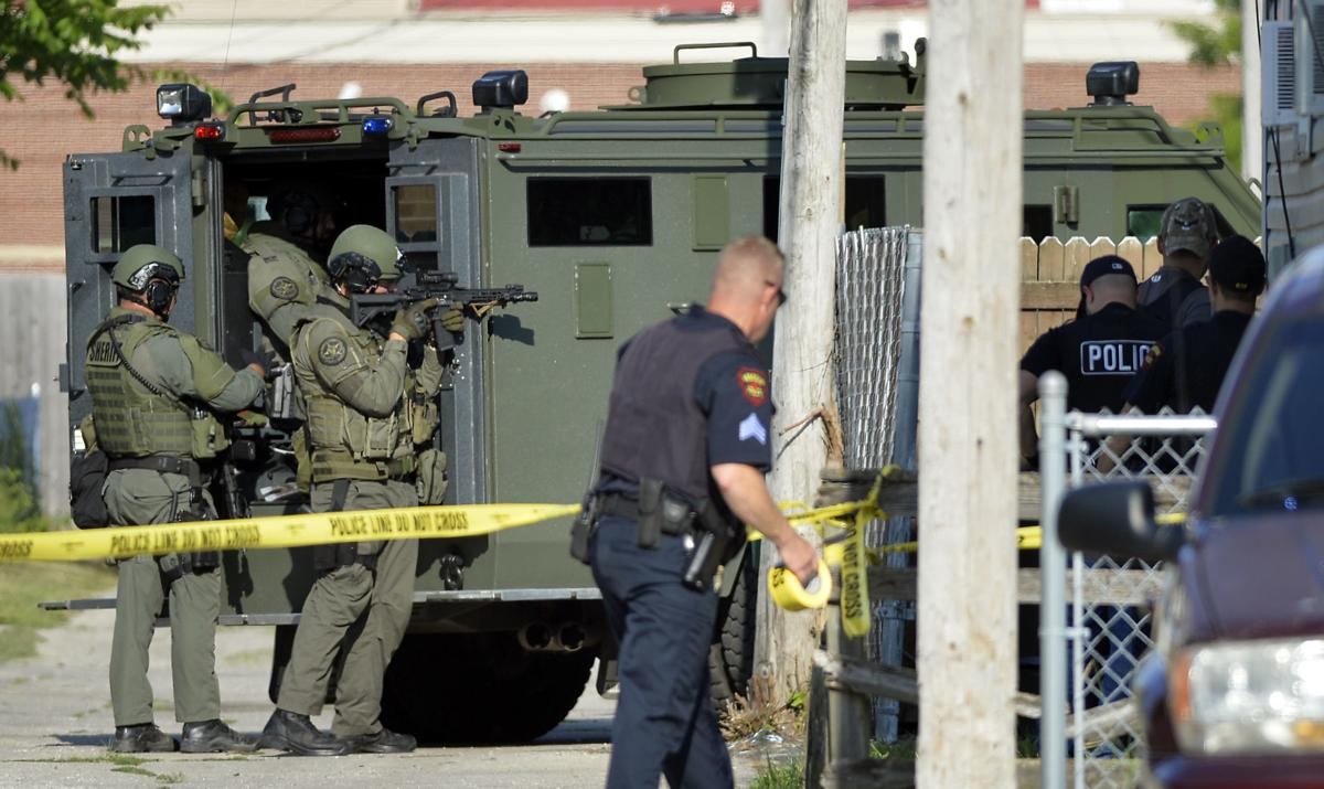STANDOFF 52ND STREET 24TH AVENUE