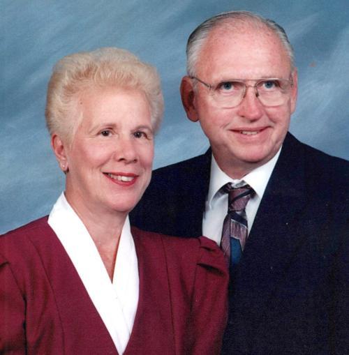 Mr. and Mrs. Dale Van Swol